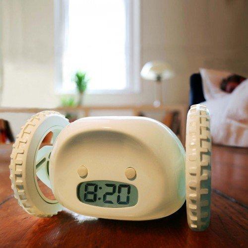 Despertador con Ruedas, Nanda Clocky