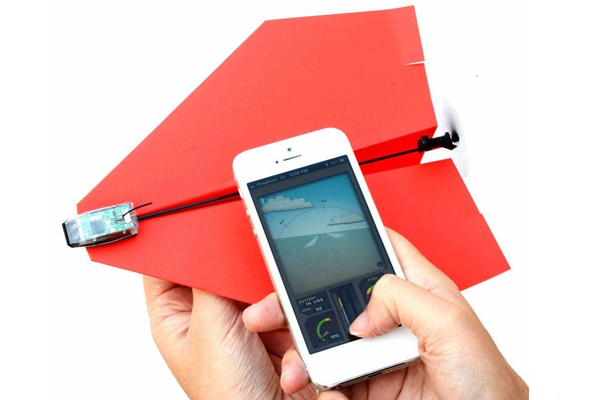 "Avión de Papel Controlado por Smartphone ""PowerUp 3.0"""